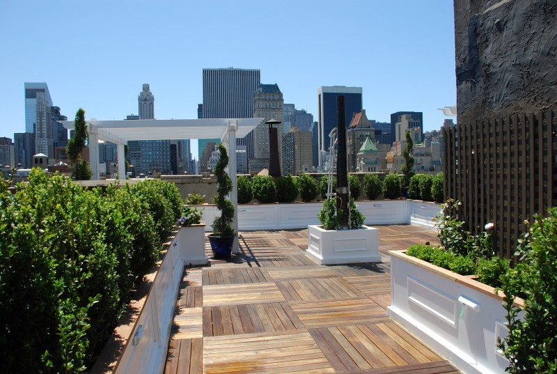 nyc roof decks new york roof top decking ny roofscapes. Black Bedroom Furniture Sets. Home Design Ideas